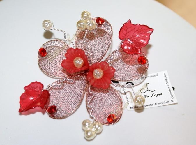 gancho flor VERMELHA