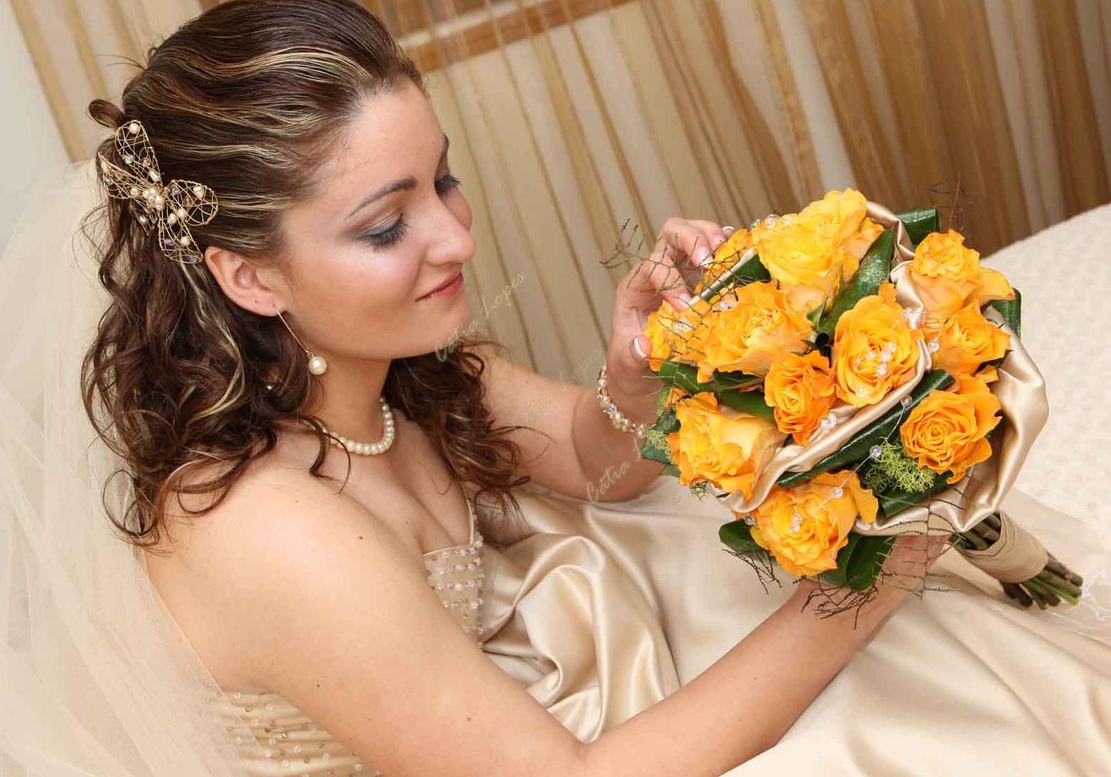 gancho flor4 dourada