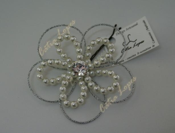 gancho flor16 branca com brilhante