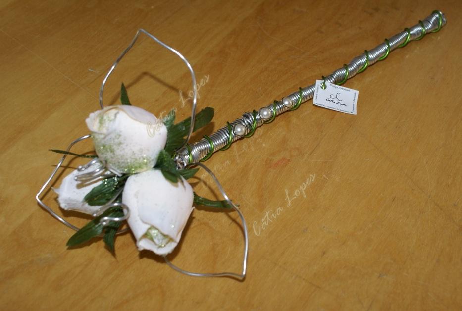 (Acessorios de Noivas) = PA - 3 rosas BRANCO